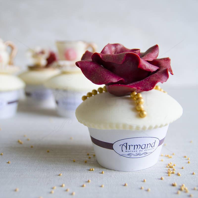 Cupcake Trandafir bordo