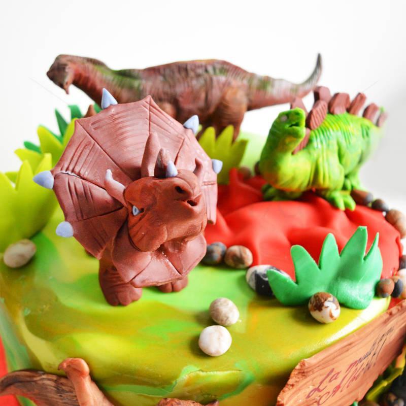 Tort Dinozauri fiorosi