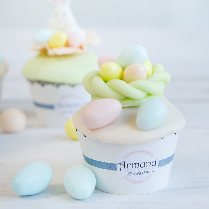 Cupcake culori pastel Cosulet Oua