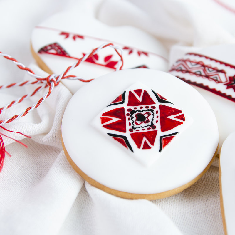 Biscuiti Martisor Motive Traditionale