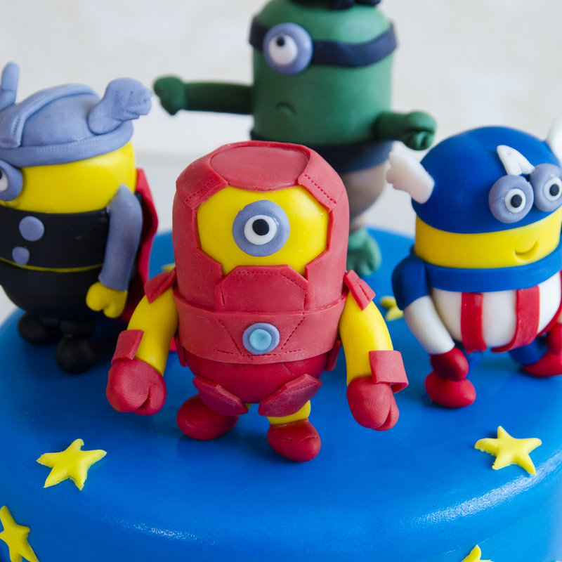 Tort pentru copii Minions Supereroi