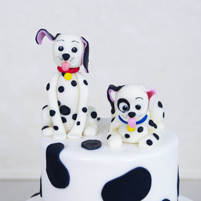 Tort Figurine Catei Dalmatieni
