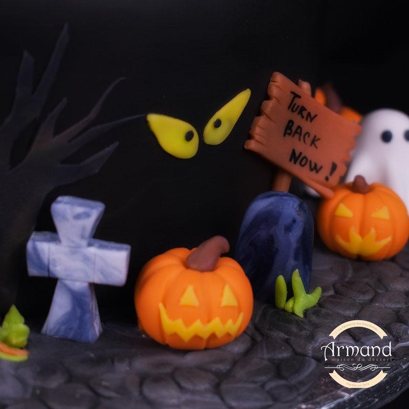 Tort Casa Fantomelor Halloween