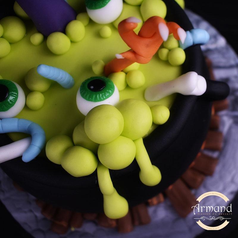 Tort Supa vrajitoarei Halloween
