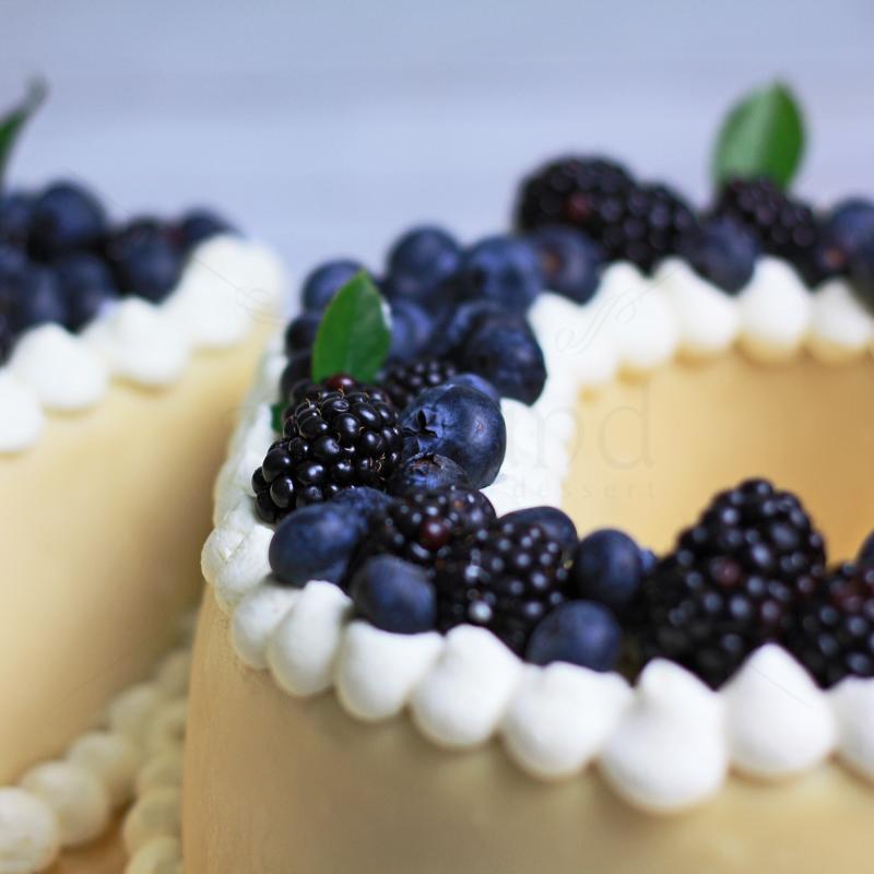 Tort Cifre cu fructe