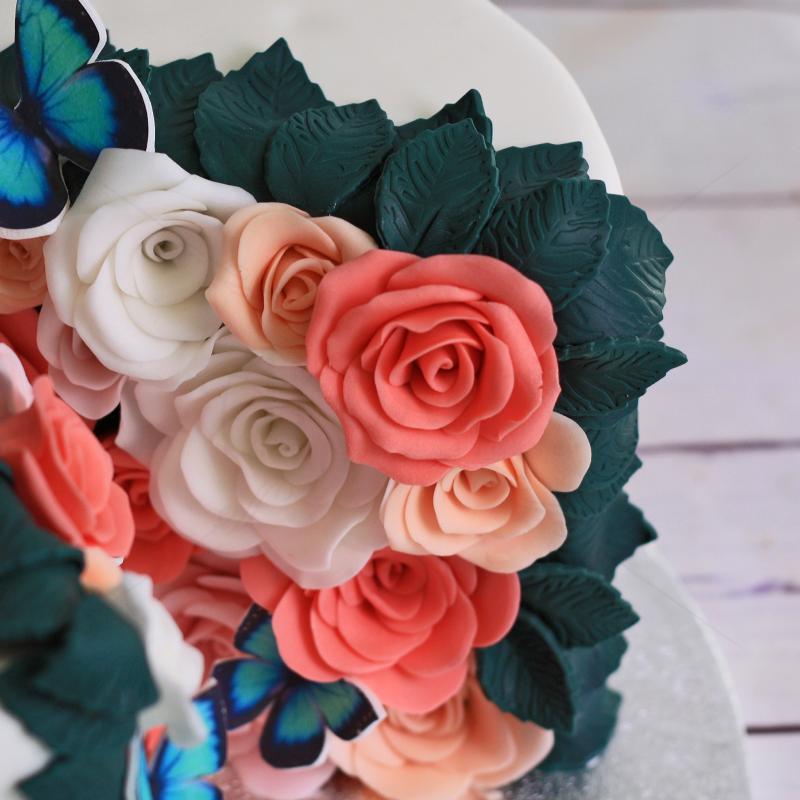 Tort Explozie de Flori si Fluturi