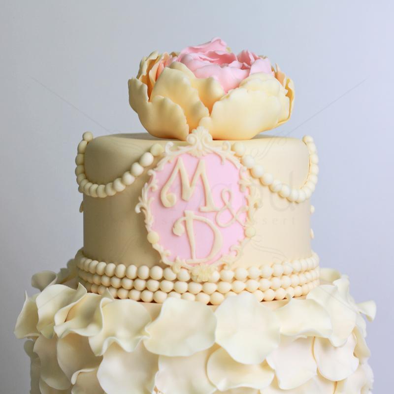 Tort de nunta imperial roz