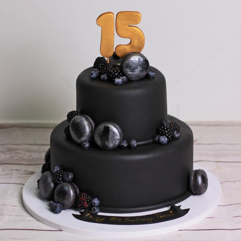 Tort Black cake