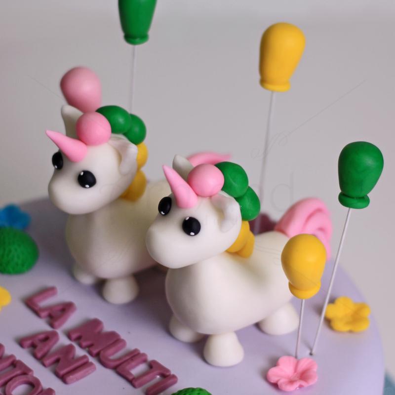 Tort Roblox twin unicorns