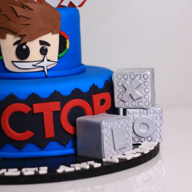 Tort Roblox albastru