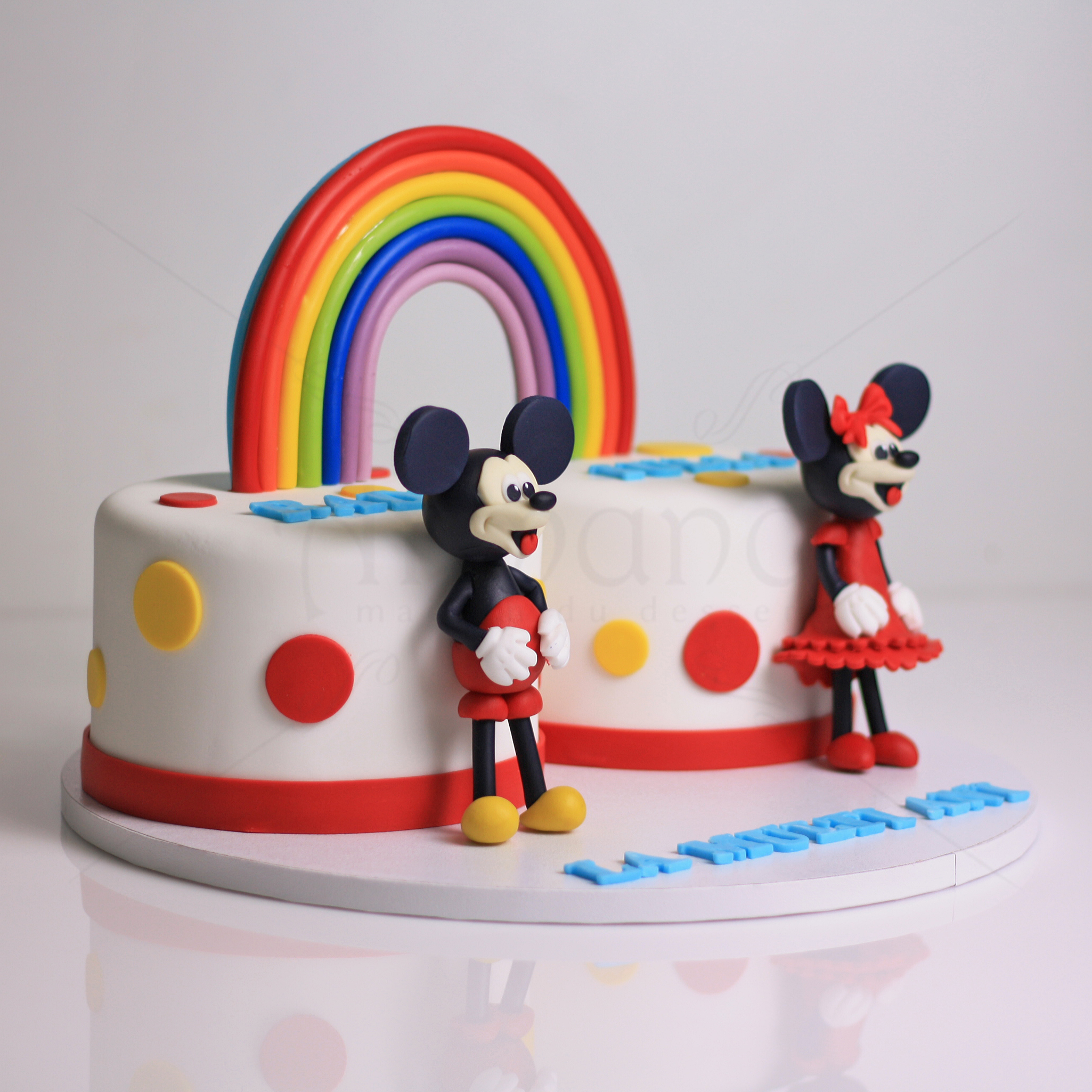 Tort curcubeu Minnie si Mickey