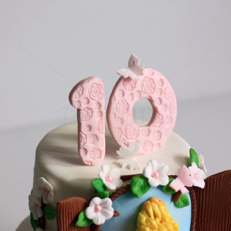 Tort Printesa Aurora viseaza