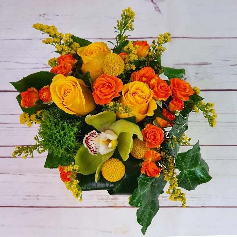 Aranjament floral Feerie Galbena in vas ceramic