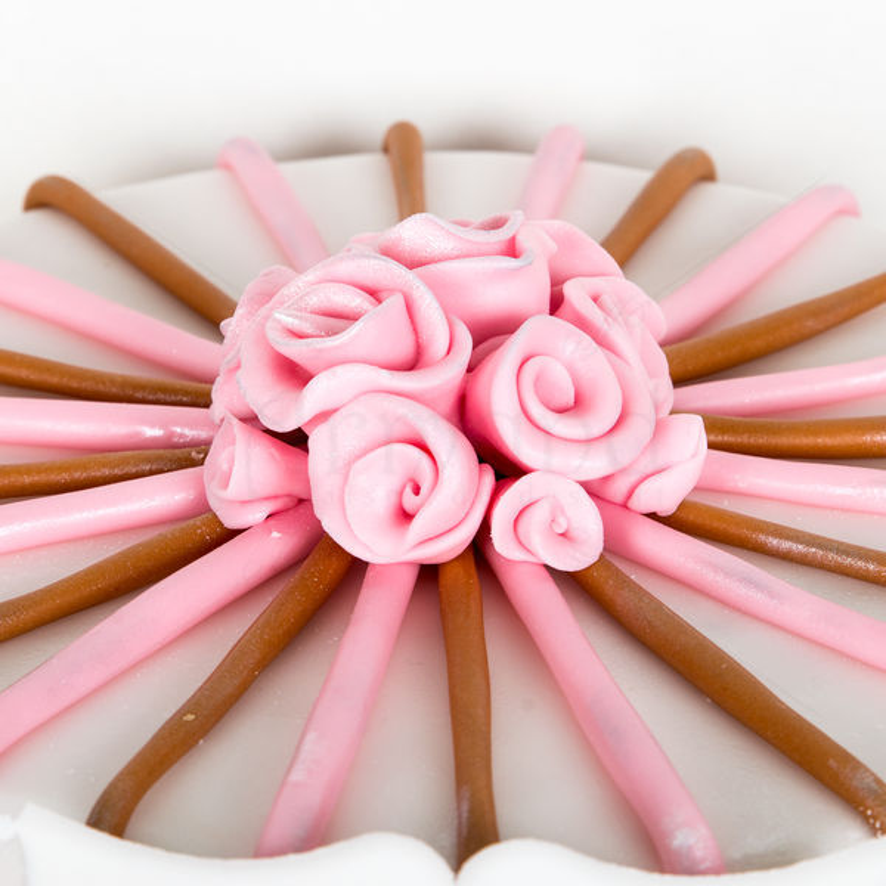 Tort Trandafiri roz
