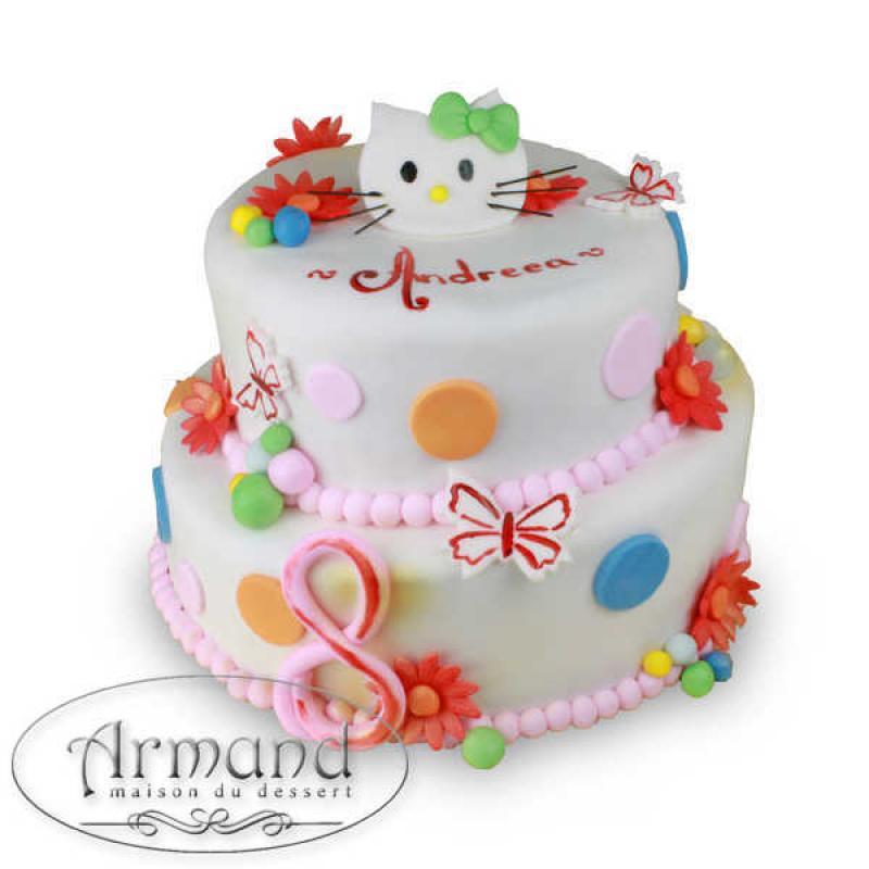 Tort Hello Kitty pe etaje