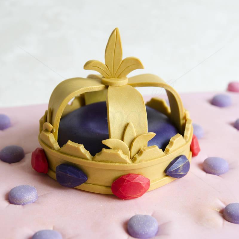 Tort Perna si coroana regala