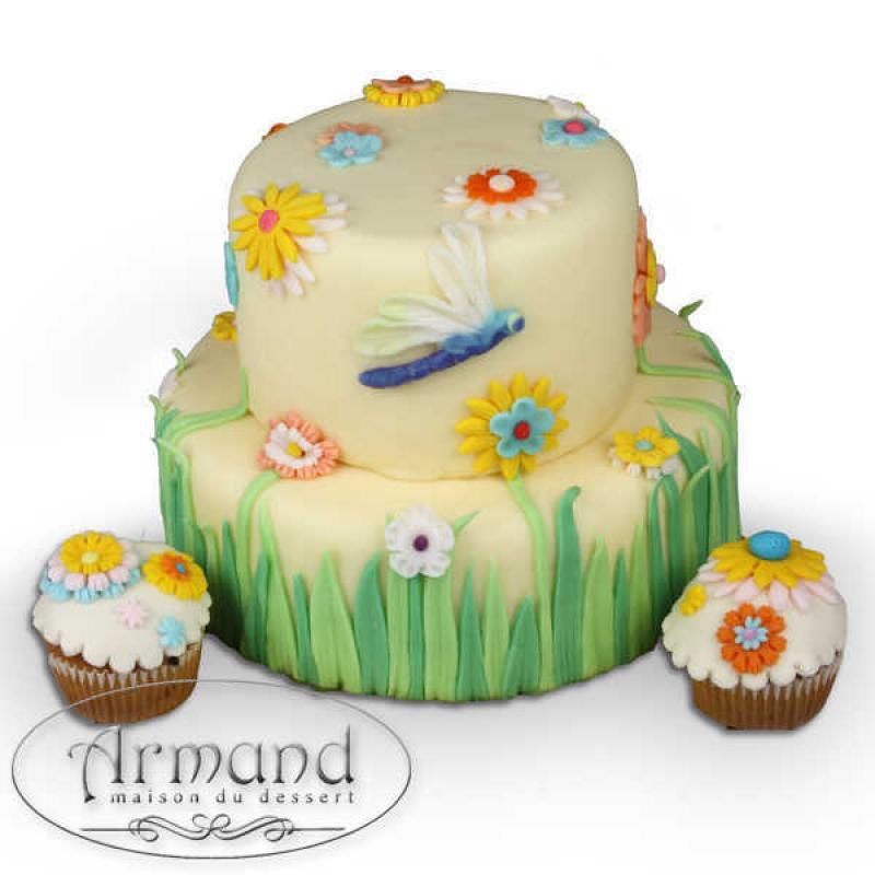 Tort Libelula si flori