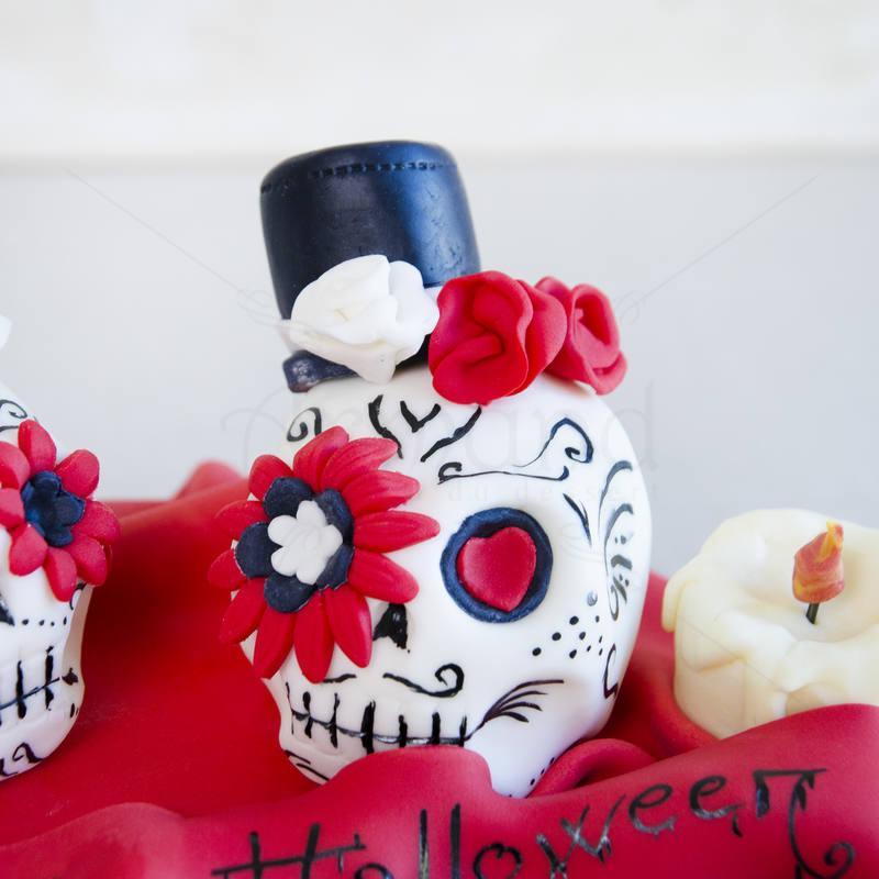 Tort Halloween scary scene