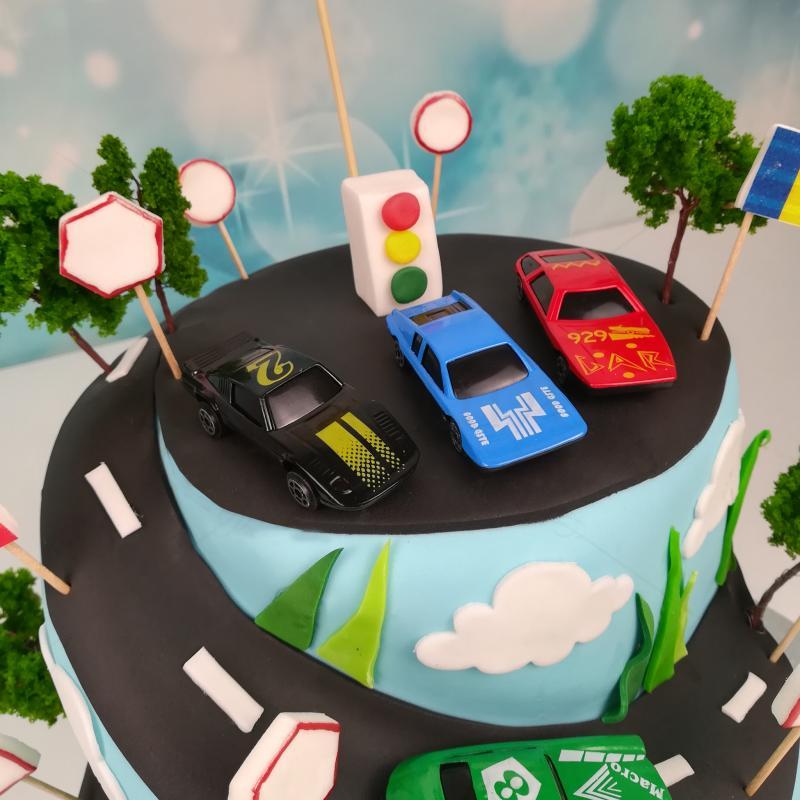 Tort Circuit Cars